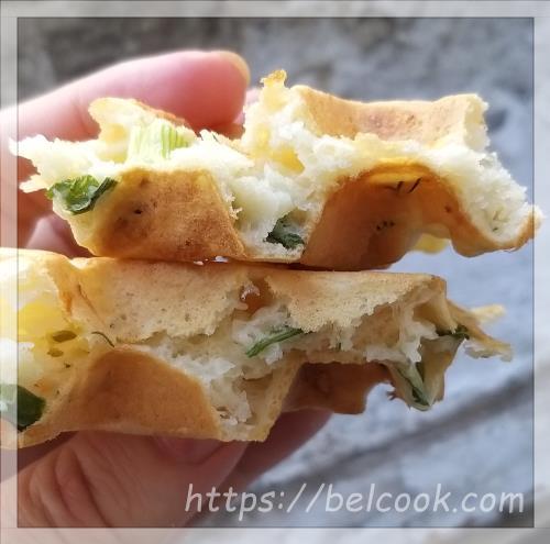 сырные вафли с зеленью