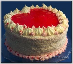 Клубнично-кокосовый торт Валентинка